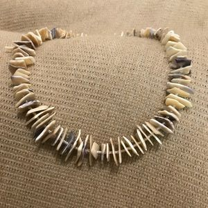 Jewelry - Vintage Shell Necklace